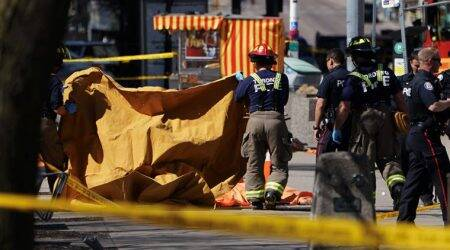 Canada: Nine dead, 16 hurt by van plowing over Toronto sidewalk, says police