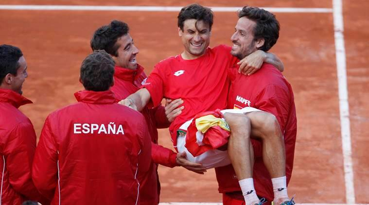 Spain players celebrate Davis Cup win against Germany