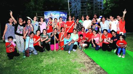 In Greater Noida society, Wonder Women take on Mardaanis in cricket league