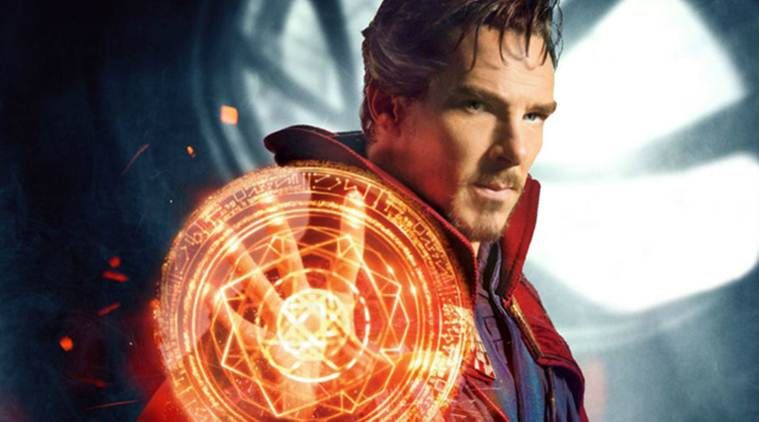 Benedict cumberbatch plays doctor strange in Avengers infinity war