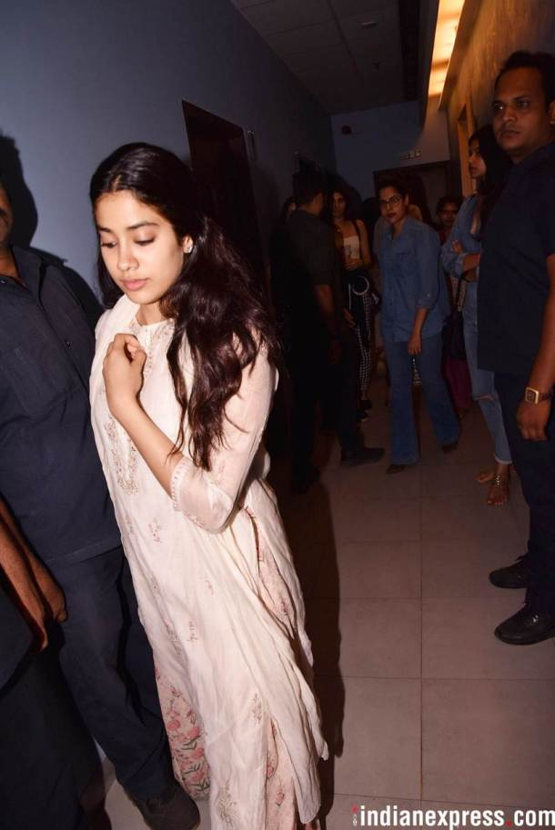 janhvi kapoor at ishaan khatter beyond the cloud screening