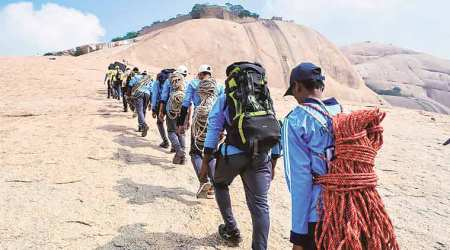 Ten tribal students from Vidarbha set off to scale Mount Everest