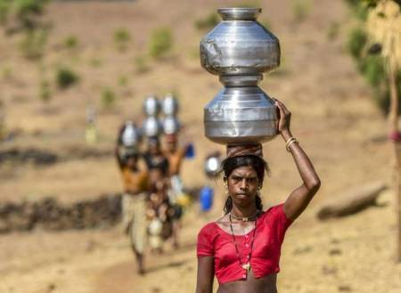 No water source, villages in this Maharashtra district look at govt for daily supply