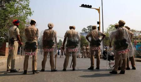 Cop suspended for sending accident victims to private hospitals inHaryana