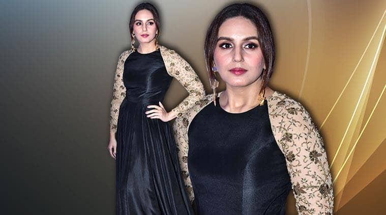 Huma Qureshi, Huma Qureshi latest photos, Huma Qureshi fashion, Huma Qureshi Nikhil Thampi, Huma Qureshi black and gold gown, Huma Qureshi Gr8 Flo awards, indian express, indian express news