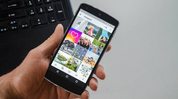 Now, upload up to 10 photos to your Story at once