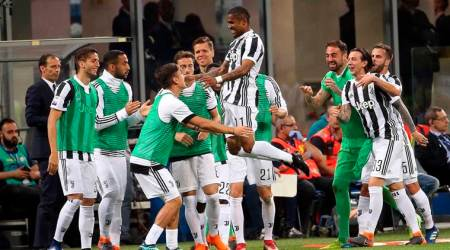 Juventus stay on Serie A title track with wild win at Inter Milan
