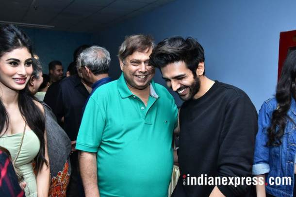 david dhawan and kartik aaryan at october screening