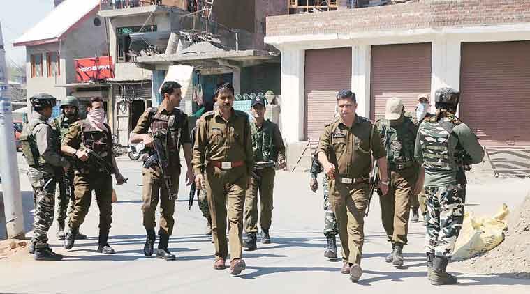 Anantnag attack, Jammu and Kashmir, Anantnag encounter, Kulgam terrorists attack, terrorist attack, J&K police, Mushtaq Ahmad Sheikh, indian express