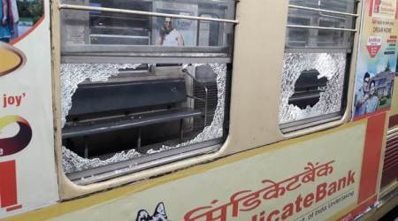 Kolkata metro stranded in tunnel after electrical snag, panicked passengers try breakingwindows