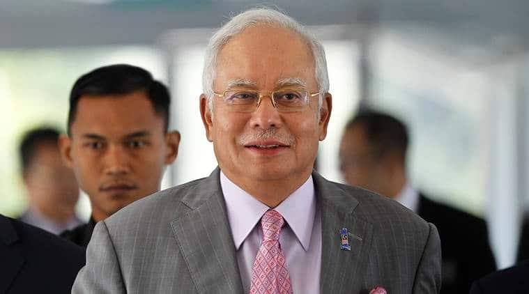 Malaysia: Armed police enters former PM Najib's home