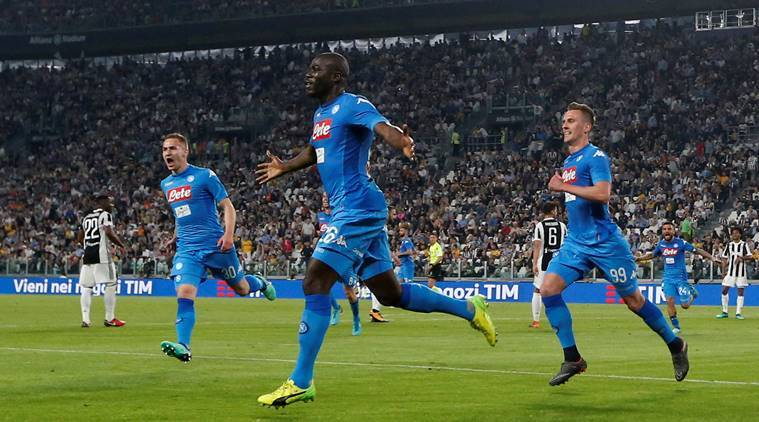 Napoli throw Serie A race wide open