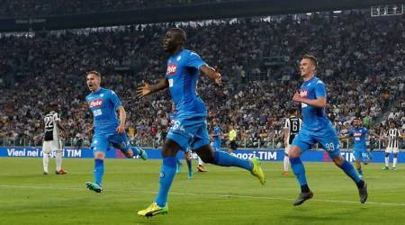 Napoli snatch 1-0 win at Juventus to reignite Serie A title race