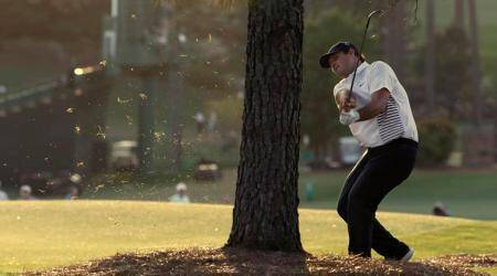 Patrick Reed takes lead as Masters takes shape without Tiger Woods in mix