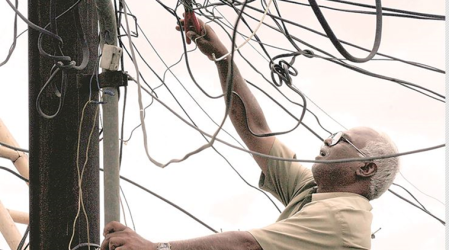 Delhi consumers to be paid for long, unscheduled power cuts; all you need to know about the newpolicy