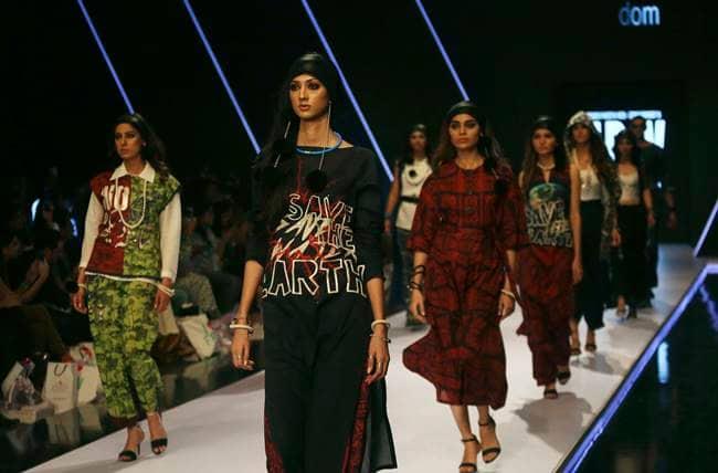 Pakistan Fashion Week, Pakistan Fashion Week latest photos, Pakistan Fashion Week fashion, Pakistan Fashion Week latest designs, Pakistan Fashion Week Rozina Munib, Deepak Perwani, Boheme Kanwal, indian express, indian express news