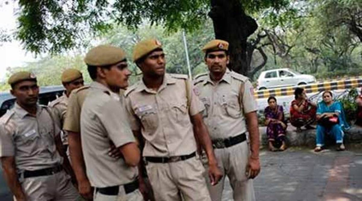 Amreli Police, Rajula, Rajula Women Detained, Amreli Police Rajula Women, Rajula Women road behaviour, gujarat news