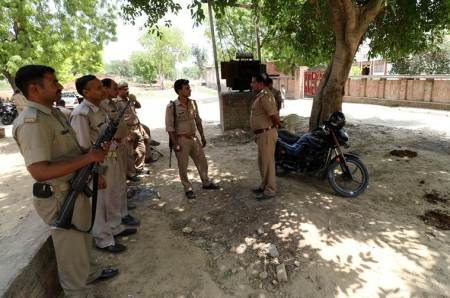 Man lynched for slaughtering bull, four arrested by police in madhya pradesh