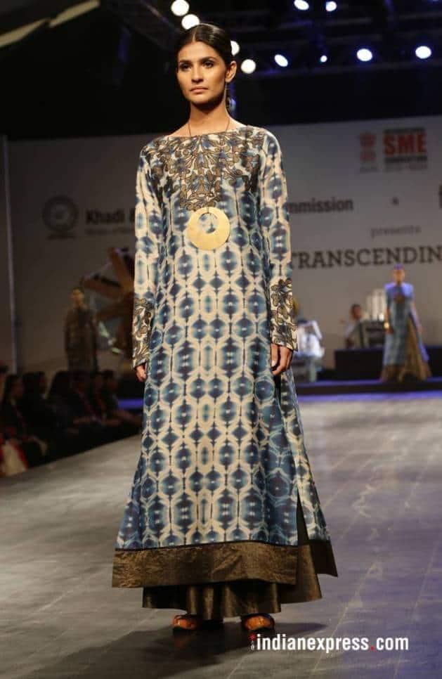 Khadi - Transcending Boundaries fashion show, khadi FDCI, Rohit Bal latest designs, Anju Modi latest designs, Payal Jain latest designs, Poonam Bhagat latest designs, indian express, indian express news