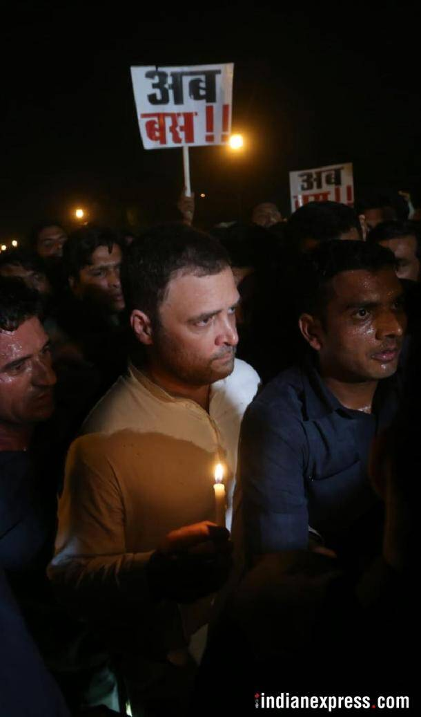 rahul gandhi photos, india gate protest images, candlelight vigil pictures, kathua gangrape, ashifa, congress midnight protest, priyanka gandhi images, unnao rape protest pics, indian express
