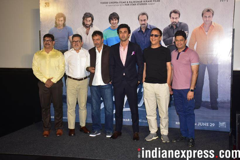 ranbir kapoor and sanju cast pose together