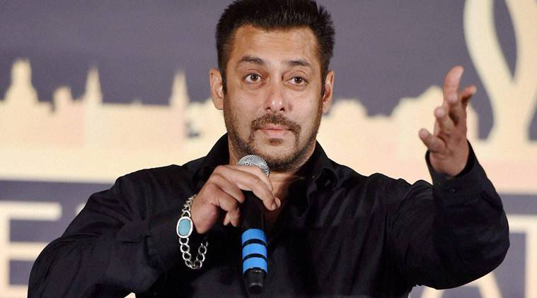 salman khan bracelet photos