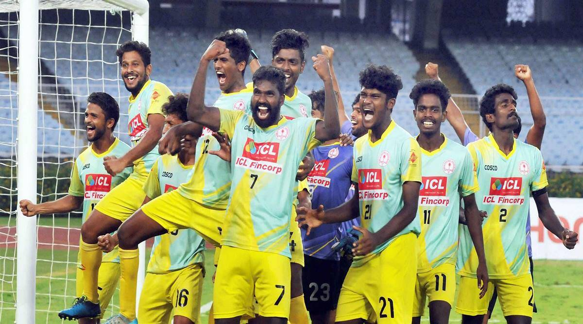 Kerala players celebrate win over Bengal in Santosh Trophy final