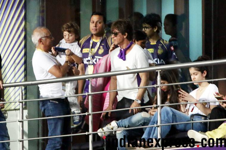 Shah Rukh Khan with family at Kolkata Knight Riders match