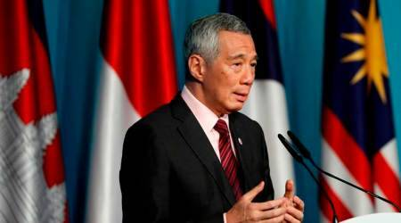 Singapore PM: ASEAN growing closer to China and India