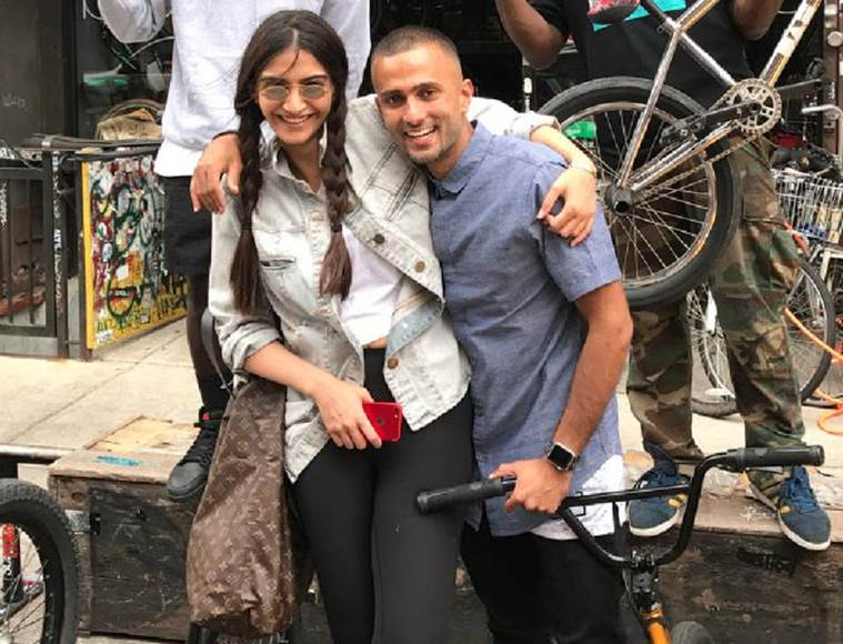 sonam kapoor anand ahuja to get married on may 8