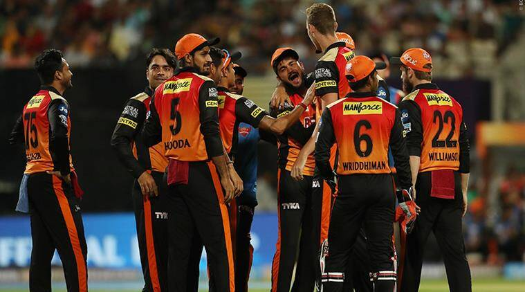 SRH bowlers produce impressive show, restrict KKR to 138/8