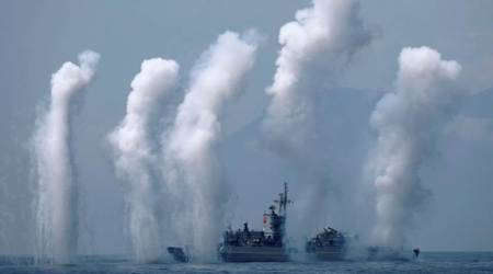 China sends warning to Taiwan with naval drills near island