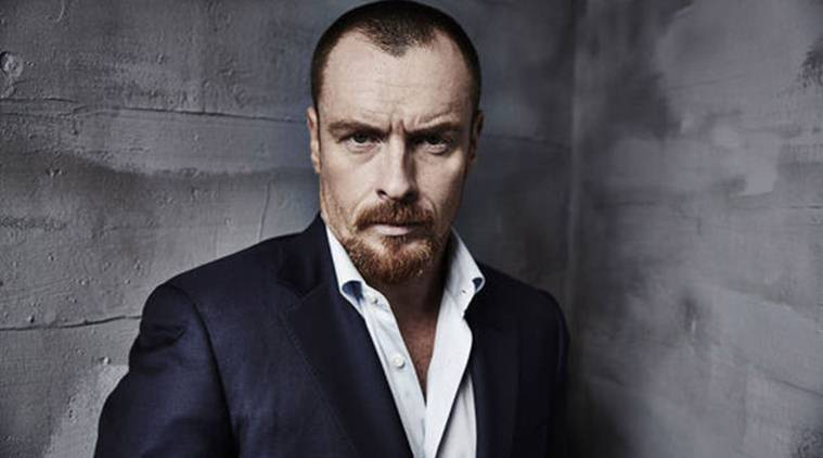 toby Stephens Lost In Space