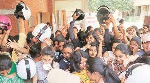 Chandigarh Traffic Police take out rally to sensitise women abouthelmet