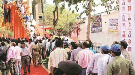 gujarat dalit clashes, dalit leaders clash with bjp workers in vadodara, vadodara dalit clashes, indian express, ambedkar jayanti