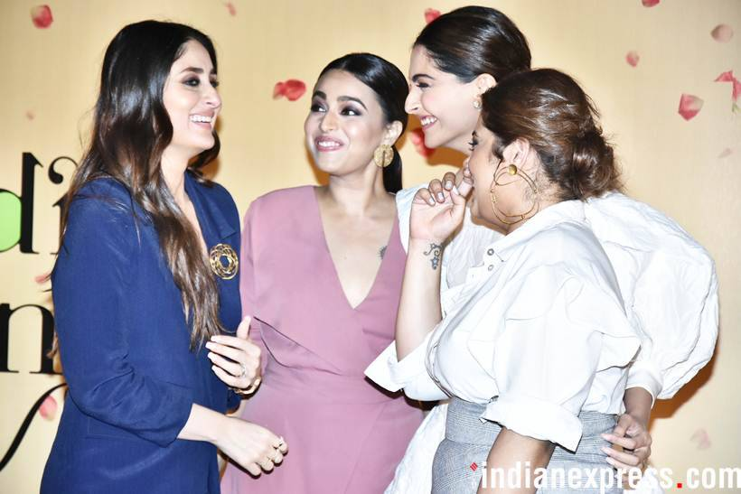 Kareena Kapoor shares a moment of laugh with sonam kapoor