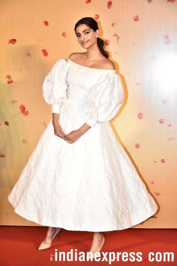 Sonam Kapoor at Veere Di Wedding trailer launch