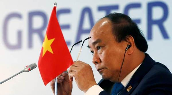 Vietnam plans to hike fuel taxes in fight against pollution, debt