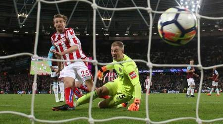 Peter Crouch scored against West Ham United after Joe Hart's error