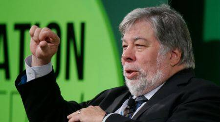 Steve Wozniak deletes Facebook, Facebook data breach, CEO Mark Zuckerberg, data privacy, Cambridge Analytica, Sheryl Sandberg Facebook, 2016 US elections, Zuckerberg Congress testimony