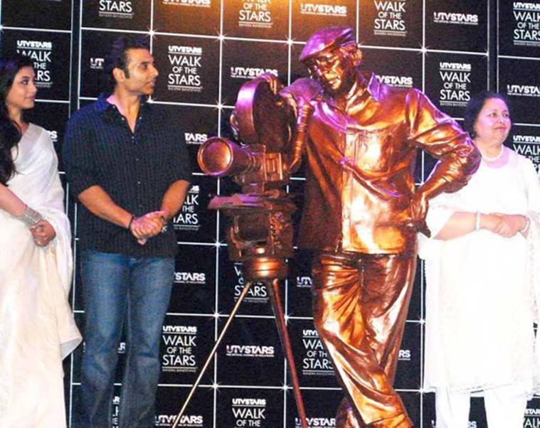 Yash Chopra bronze statue unveiling photos