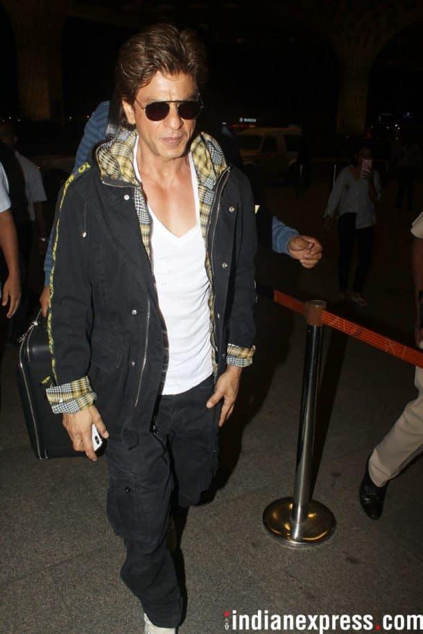 shah rukh khan at airport