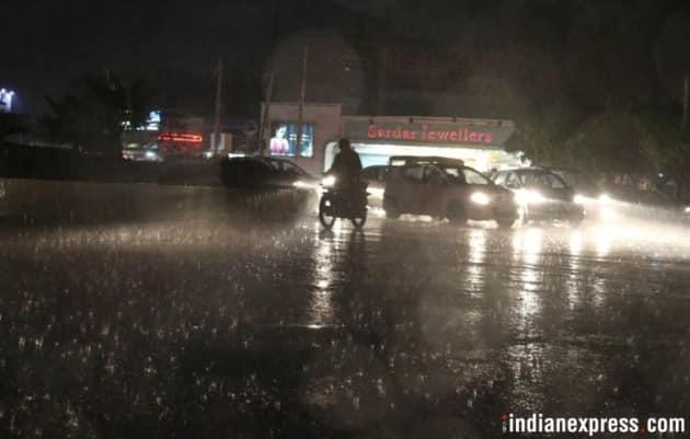 Thunderstorm alert over North India: Evening schools shut, Delhi metro to exercise caution