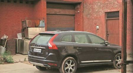 Haryana Police find Aditya Insan's vehicle at Dera