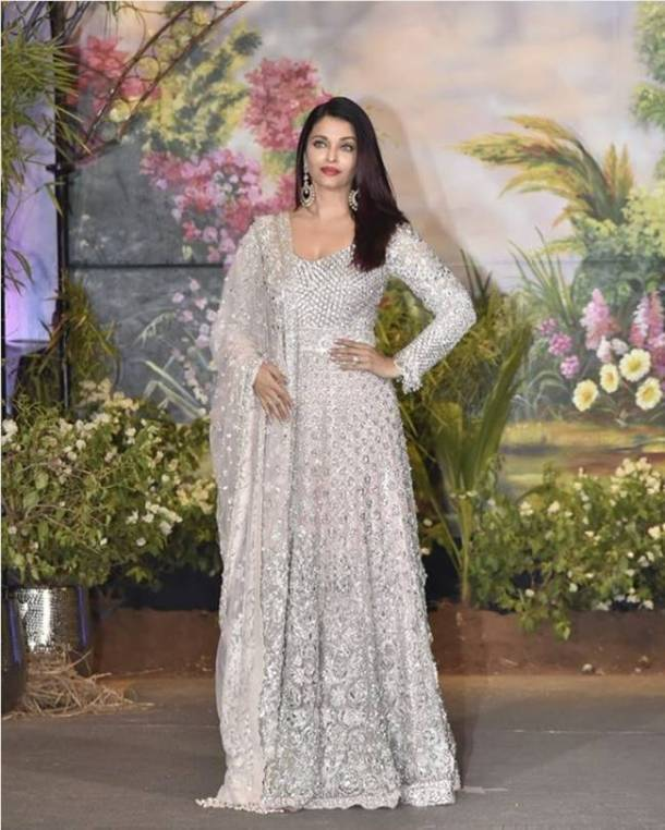 Fashion Hits and Misses of the Week, Kangana Ranaut, Deepika Padukone Deepika Padukone, huma quereshi, Aishwarya Bachchan, Alia Bhatt, Priyanka Chopra, Janhvi Kapoor, indian express