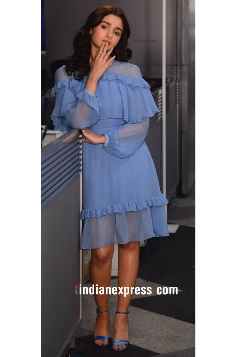 Alia Bhatt, Alia Bhatt latest photos, Alia Bhatt fashion, Alia Bhatt Raazi promotions, Alia Bhatt Prabal Gurung outfit, Alia Bhatt Raazi dresses, Alia Bhatt ethnic outfits, Alia Bhatt western outfits, indian express, indian express news