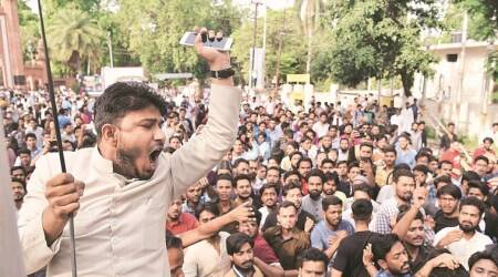 Jinnah portrait row: AMU V-C tells students not to fall into trap of 'certain forces'