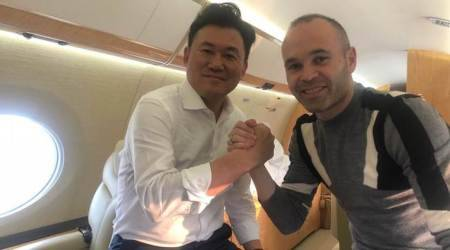 Andres Iniesta moves to Japan, emulates Barca legend Michael Laudrup in signing for VisselKobe