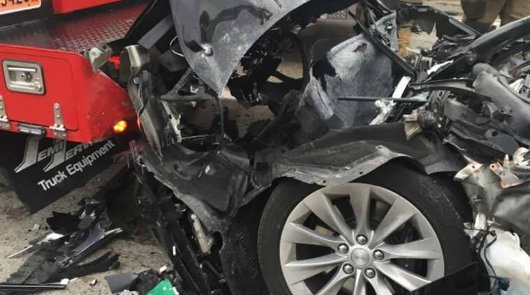 Tesla, Tesla crash, Tesla Autopilot, self-driving, Elon Musk, Tesla self-driving car crash, Tesla Model S, Model S, Tesla Model S crash, Tesla Model S self driving, Tesla Model S self driving car crash