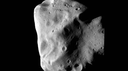 Asteroid 2010 WC9 to flyby Earth on May15